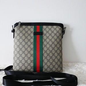 Gucci supreme crossbody